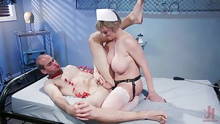 Sexy nurse Dee Williams adores sex and a cunt licking with her patient
