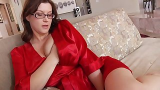 Ultra-Kinky housewife here phat mammories and glasses enjoys to have ricochet while their way spouse is working